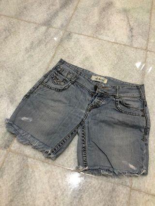 Zara short size 26