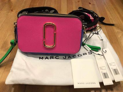 「全新甜售」MJ限量聯名款相機包附兩條皮帶