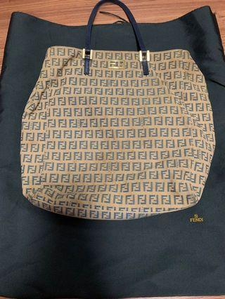 🚚 Fendi handbag