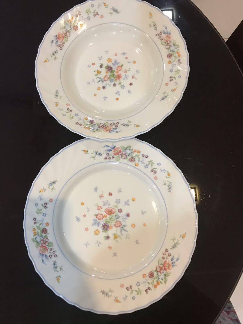 Arcopal plates set (12 pcs)