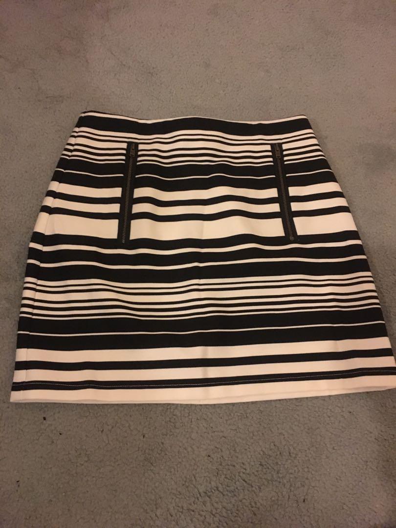 Dotti - Skirt Size 6