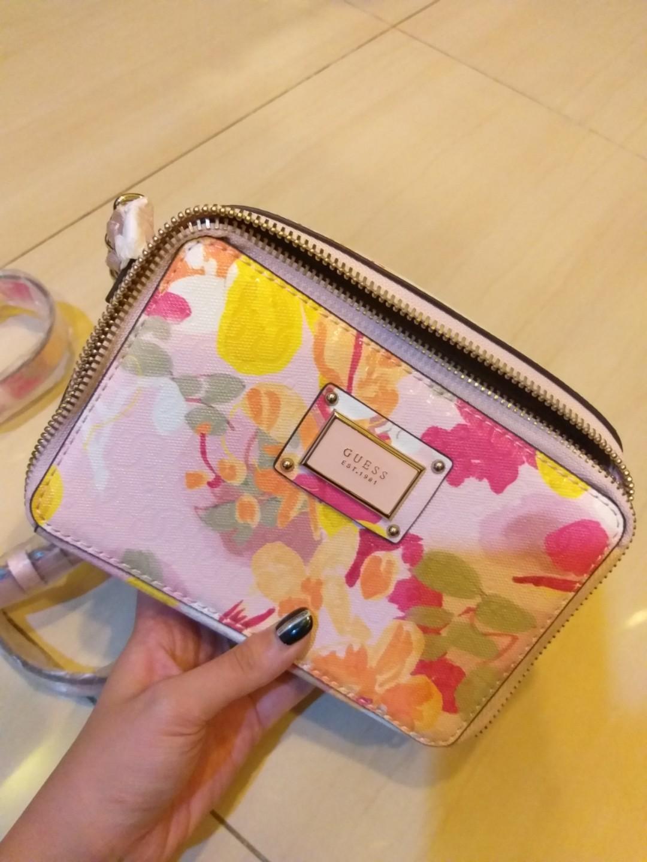 GUESS Slingbag pink floral