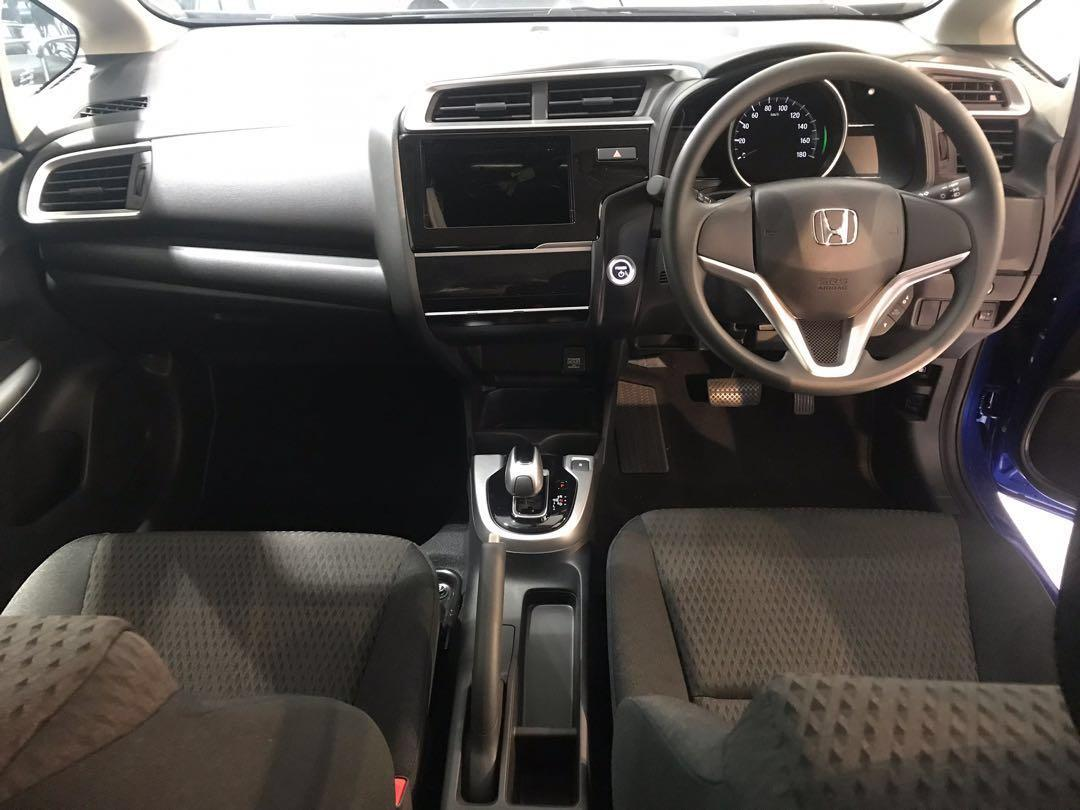 Honda Fit Hybrid for Rent !
