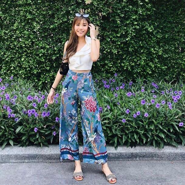 INSTOCKS Iris palazzo high waisted floral pants