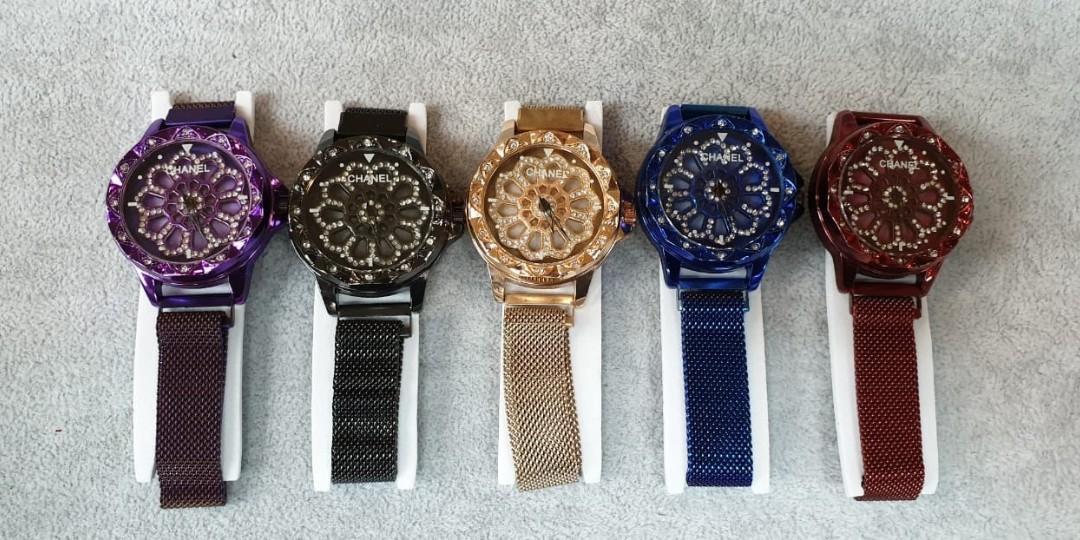 Jam tangan CHANEL MAGNET DIAMOND  Rantai magnet bisa muter dalem nya full diamond diameter 4.5cm