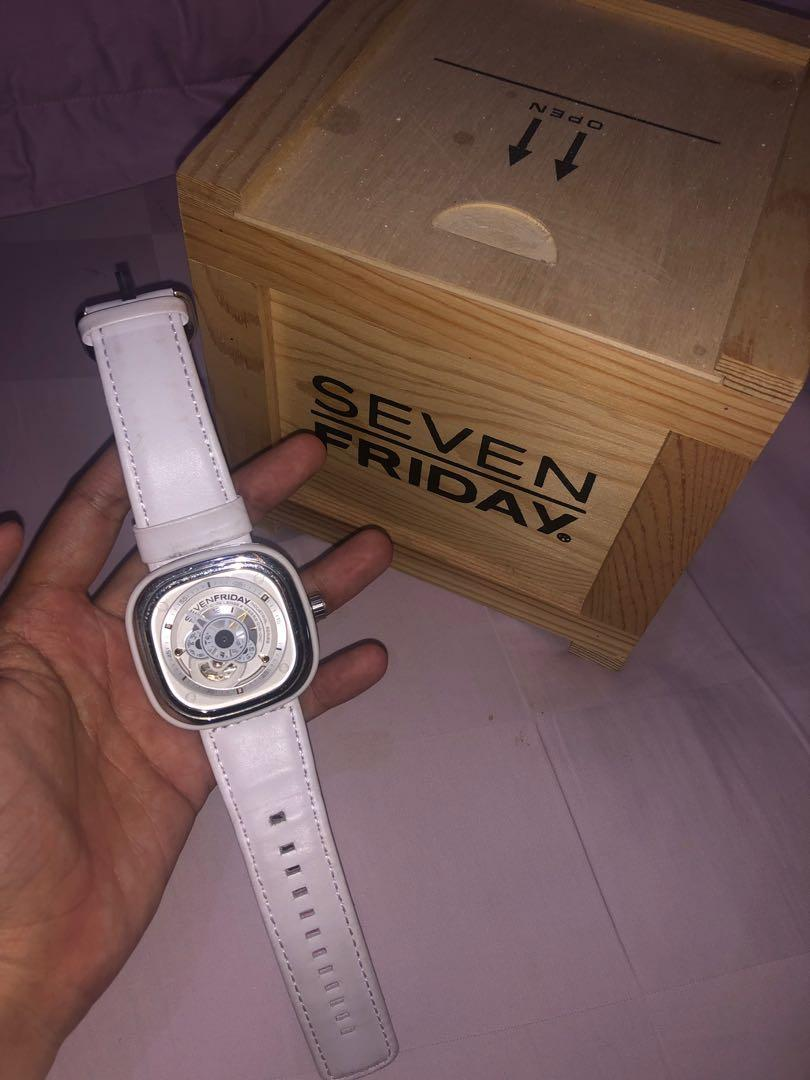 Jam Tangan SEVENFRIDAY SF-P1