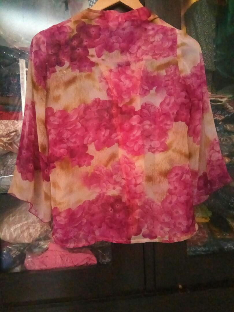 #mauthr Blouse Floral