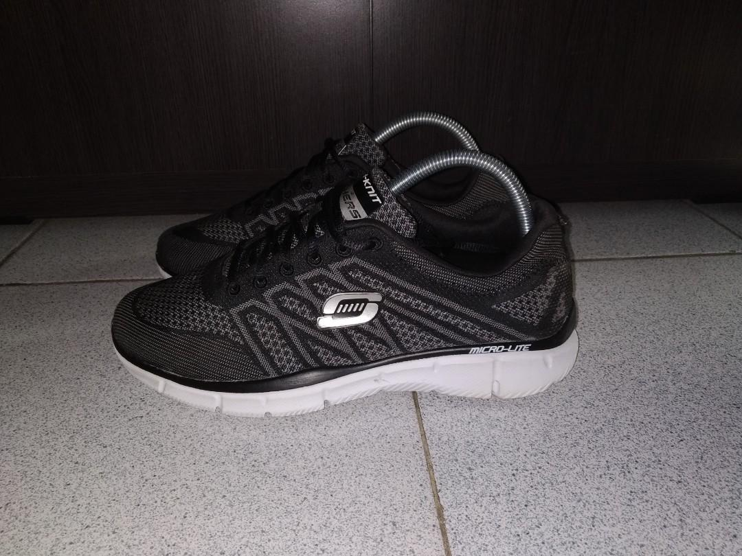 #mauthr Skechers size 39,5