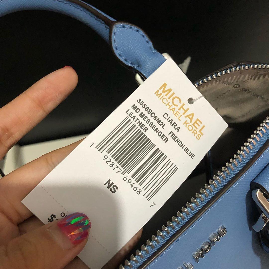 Michael Kors Ciara Medium size 25/29x22 in French Blue (Givenchy Antigona look alike)
