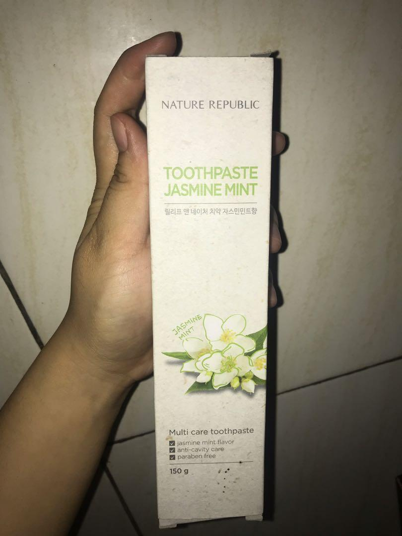 Nature republic toothpaste jasmine mint