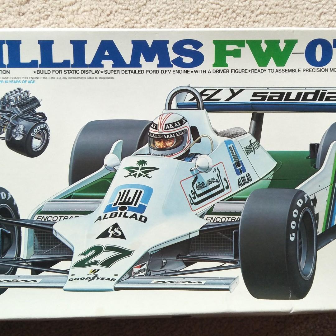 RETRO 1980'S MODEL KIT OF WILLIAMS FW-07 FORMULA 1 RACING CAR
