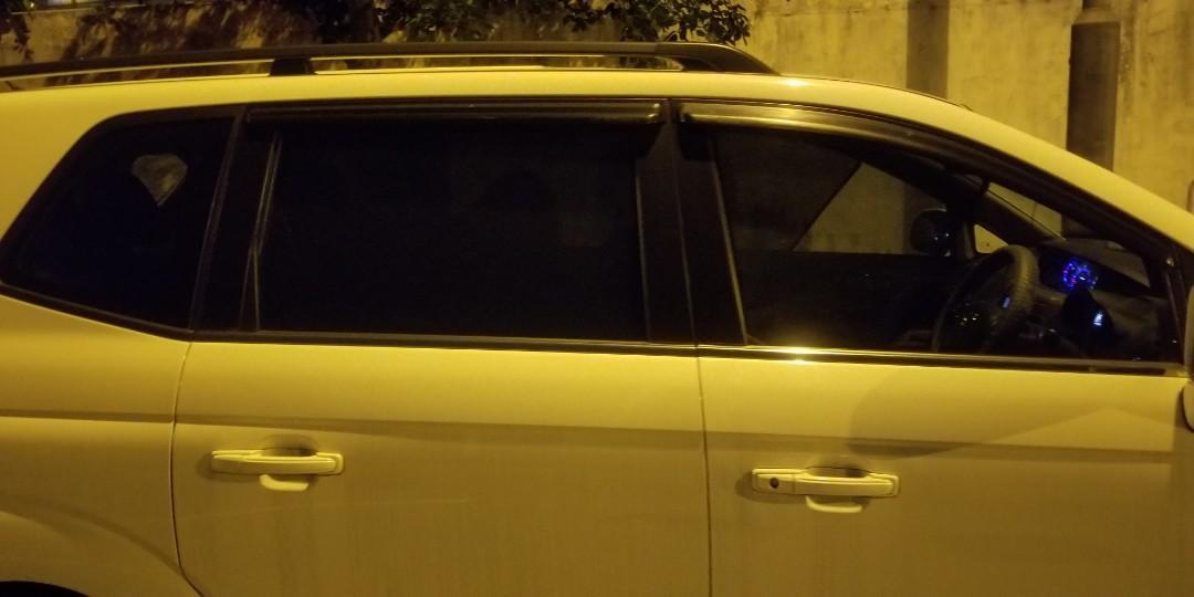 ssangyong 雙龍 stavic s1柴油 7人車