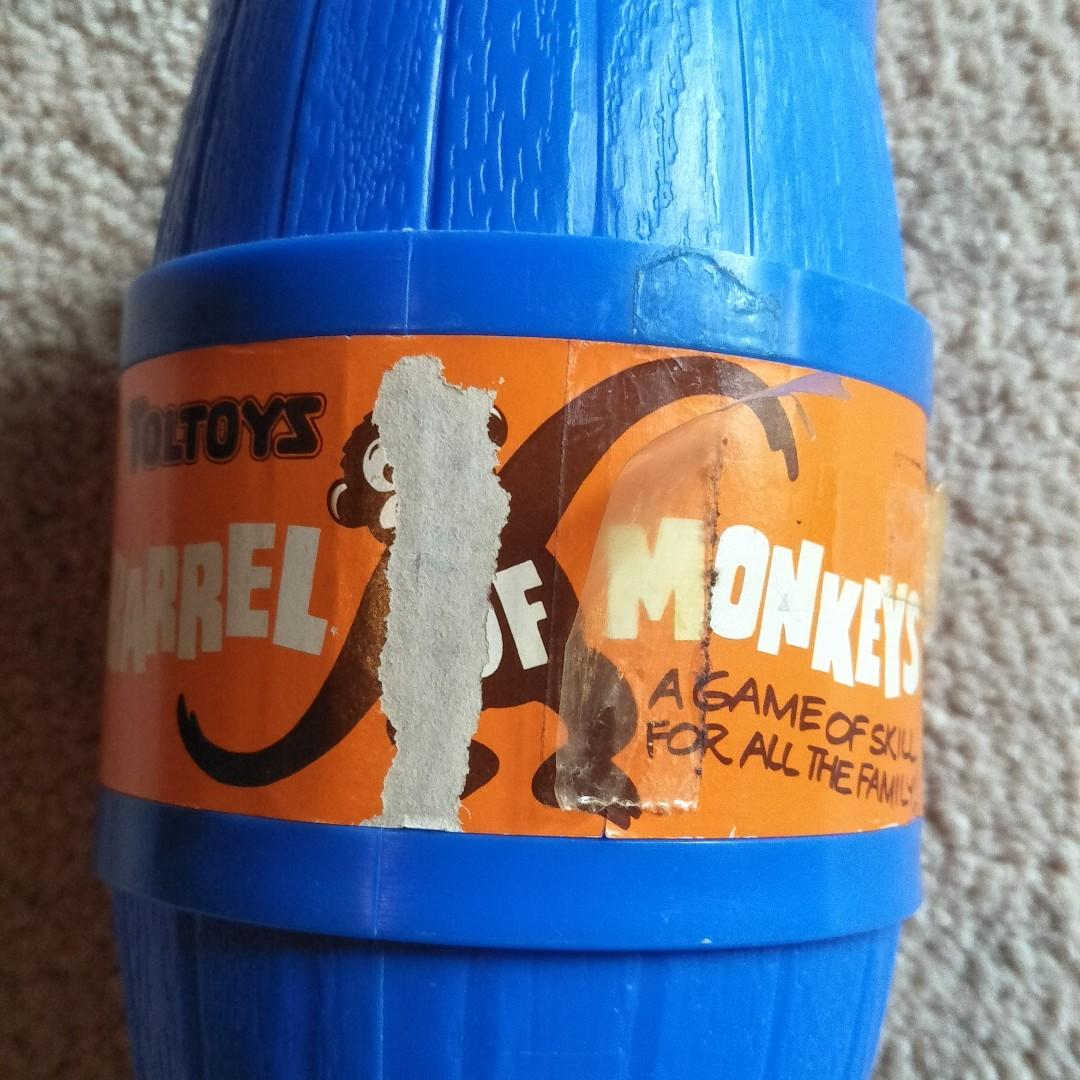 VINTAGE TOLTOYS BARREL OF MONKEYS GAME