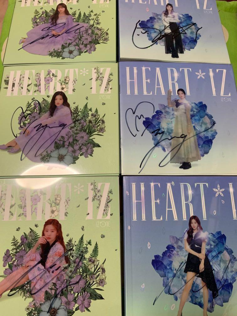 WTS IZ*ONE Heart*iz mwave autographed albums and photocards
