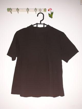 Basic Black Top (Low Turtleneck)