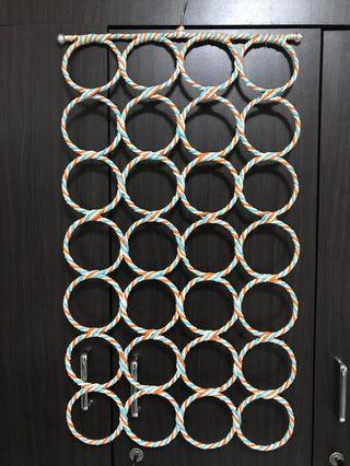 🚚 Shawl hanger/rack