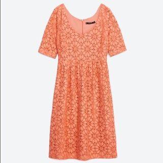 🚚 Zara Orange Lace dress