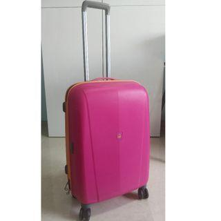 """United Colours of Benetton 24"""" Suitcase"""