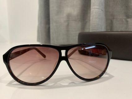 🚚 ALO Sunglasses