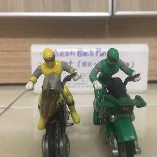 Power rangers ninja storm bike mini figures
