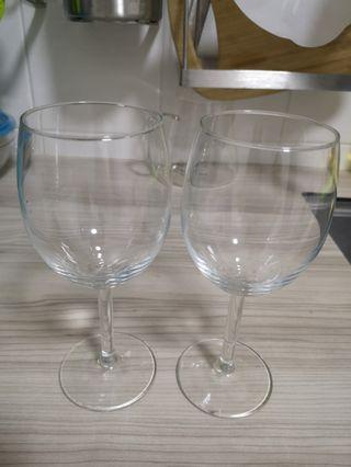 Wine glass x 2
