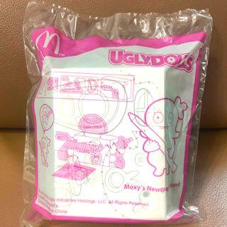 BN-sealed UGLYDOLLS Moxy's Newspaper Stand. New in packaging.