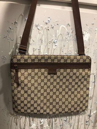Gucci Messenger/Laptop bag