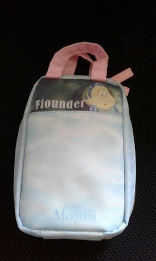 🚚 Disney pouch