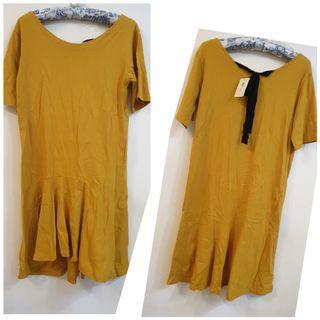 【全新】俏麗鵝黃色七分裙