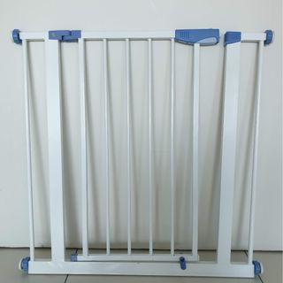 Baby Safety Gate. Mamakiddies Premium 75-88cm