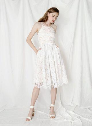 🚚 AWD ANDWELLDRESSED AND WELL DRESSED FANTASY EYELASH DRESS WHITE S