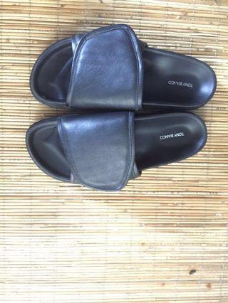 Tony Bianco slipper #BAPAU