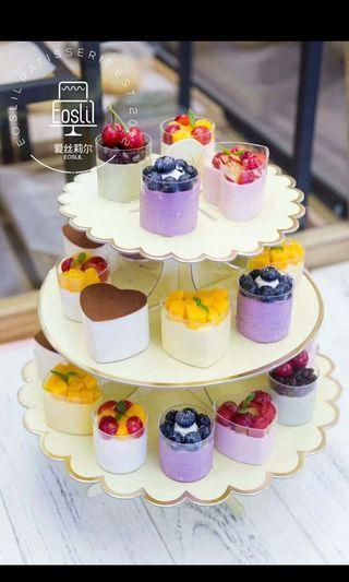 Cupcakes holder