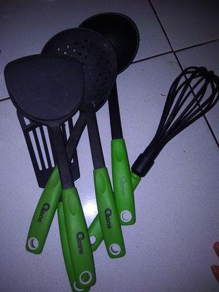 Oxone spatula