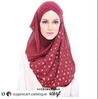 Sugarscarf Very Madison Rhuburb Red