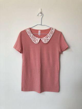 🚚 蕾絲領拼接粉紅上衣