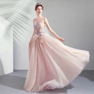 2019 Summer  new arrival Simple and elegant wedding/ evening Gown