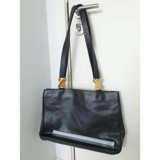 Paloma Picasso Handbag. Black.
