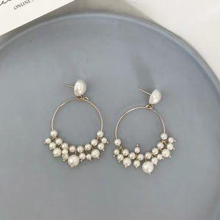 🚚 Korean Pearl Earrings
