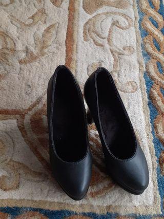 🚚 Fashion Shoes