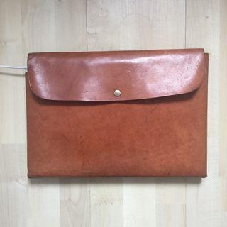 Koncept Leather Bag for 13 inch Macbook