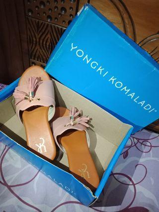 Sandal Wedges Peach Yongki Komaladi #mauthr