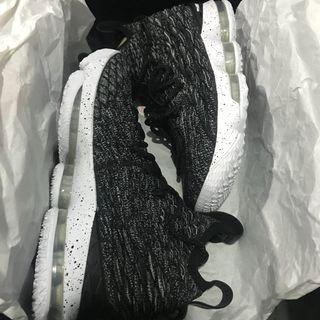 FOR SALE: Brandnew Authentic Lebron XV EP with Receipt