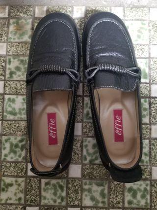🚚 阿瘦皮鞋的黑鞋