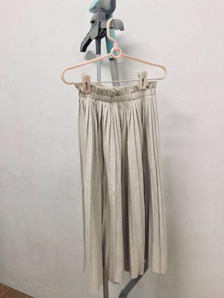 🚚 Pleated Skirt
