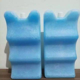 Blue ice pack