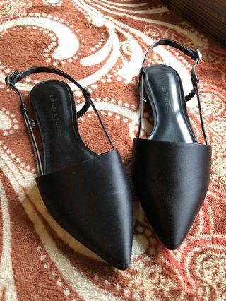 🚚 小CK 尖頭平底鞋