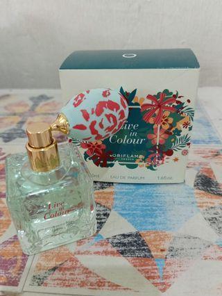 Parfum Live in Colour