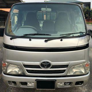 TOYOTA DYNA VEHICLE RENTAL LORRY RENTAL COMMERCIAL RENTAL