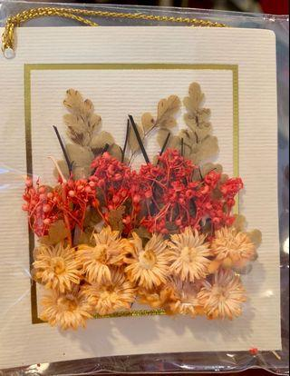 100% genuine preserved flowers